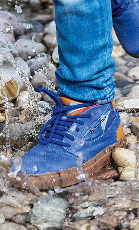 Blue Sympatex shoe made of recycled materials