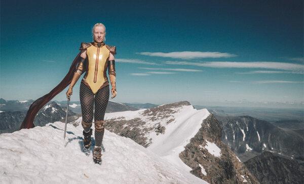 Superhero Emma Svensson on Kebnekaise